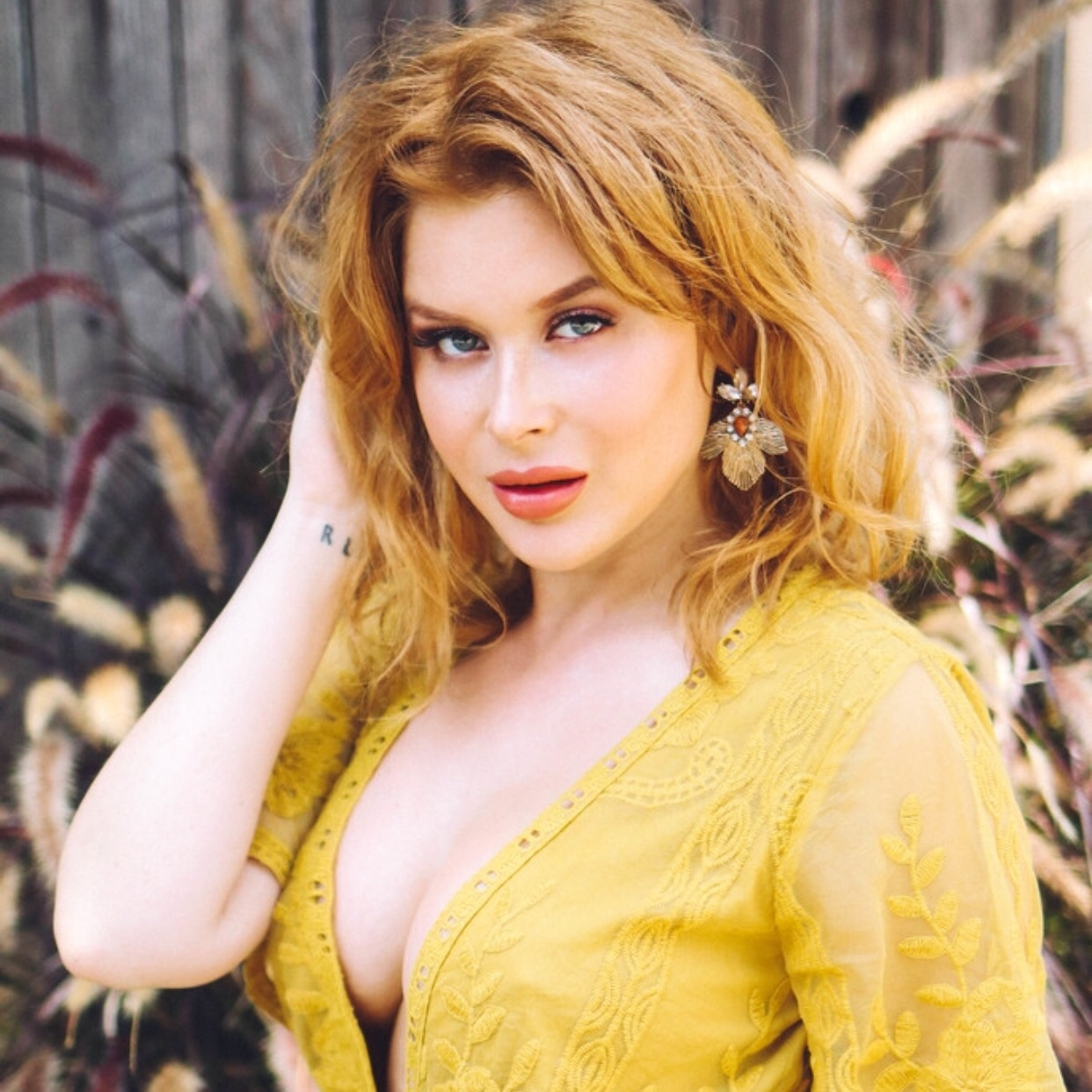 Pics Renee Olstead nude photos 2019