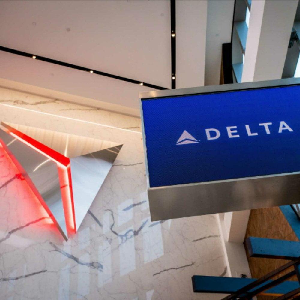 GOVERNOR CUOMO, LaGuardia Airport, Delta Airlines, 360 MAGAZINE
